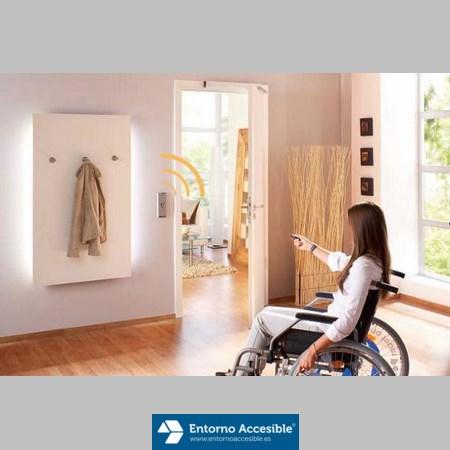 Viviendas adaptadas y accesibles entorno accesible for Puerta para bano discapacitados