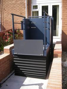 Plataforma salvaescaleras vertical LOW RISE
