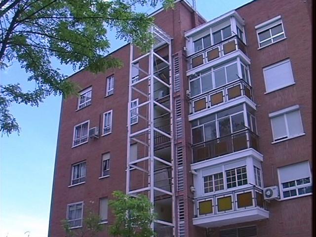 Ascensores entorno accesible edificios sin ascensor for Ayudas para reformas de viviendas