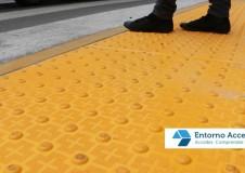 instalar suelo tactil discapacidad